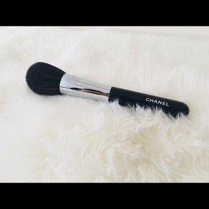CHANEL big powder brush